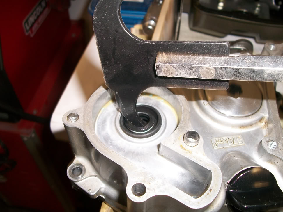 Fabulous Crfs Only How To Rebuild The Water Pump On A Honda Crf450R Wiring 101 Mecadwellnesstrialsorg